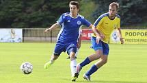 SK Rakovník (ve žlutém) v první přípravě přehrál doma SK Kladno 2:0.