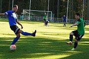 Fotbalisté rezervy Tatranu Rakovník zničili Zlonice 6:0.