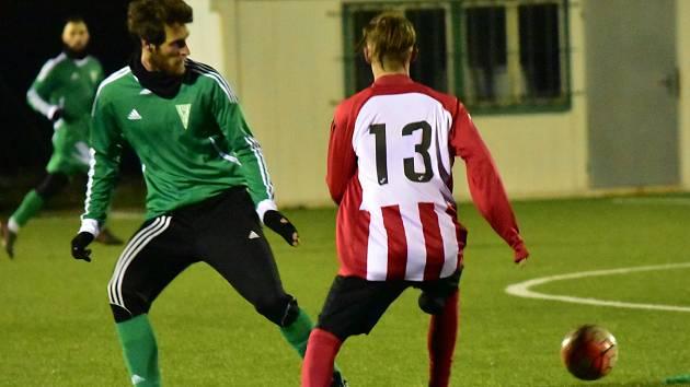 Rakovnický Tatran v rámci zimní přípravy podlehl třetiligovým Štěchovicím 0:3.