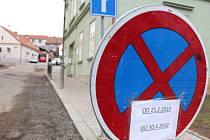 V pondělí 25. února začne regenerace části památkové zóny v Rakovníku. Konkrétně se jedná o ulici V Hradbách a část ulice Martinovského.