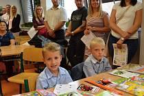 První školní den pro prvňáčky v Novém Strašecí.