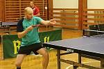 Stolní tenisté Šanova zvítězili nad okresním rivalem KST Rakovník ve 12. kole III. ligy 10:3.