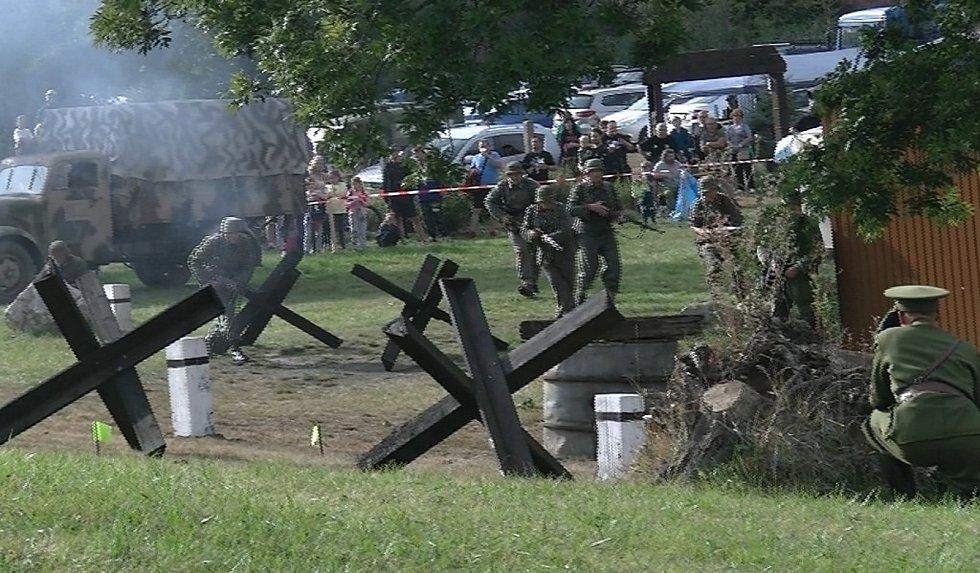 Rekonstrukce bitvy o Brandýsek.