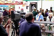 Lukáš Pollert na návštěvě v kultovní trampské restauraci U Rozvědčíka