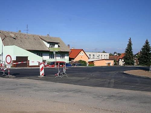 Oprava silnice v Lubné