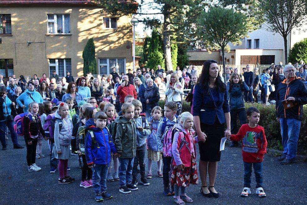 Slavnostní přivítání prvňáčků v 3. základní škole v Rakovníku.