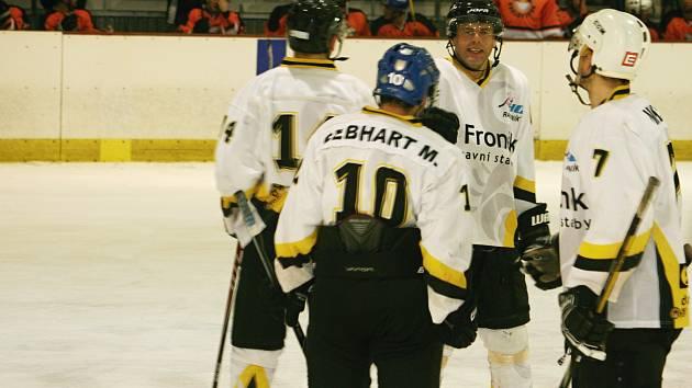 Hokejisté HC Rakovník prohráli s Královým Dvorem 4:8, KLM 2016