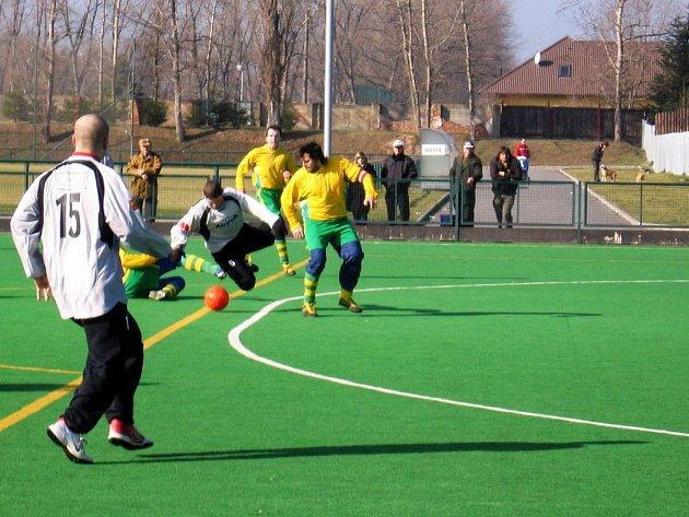 Zimní turnaj na umělé trávě SK Rakovník.