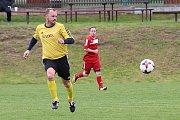Z fotbalového utkání okresního přeboru Zavidov B - Městečko (0:2)