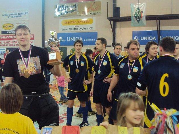 Radost z titulu Mistrů ČR v halovém pozemním hokeji mužů