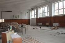 Oprava podlahy v tělocvičně ZŠ Nové Strašecí