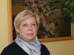 Alena Králičková je ráda, že je městys Kněževes střediskovou obcí a její další rozvoj vidí kladně.