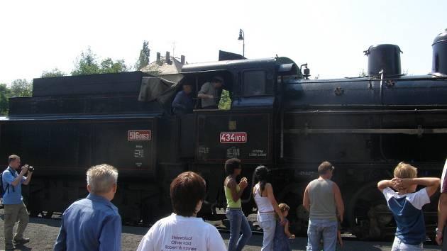 Parní vlak.