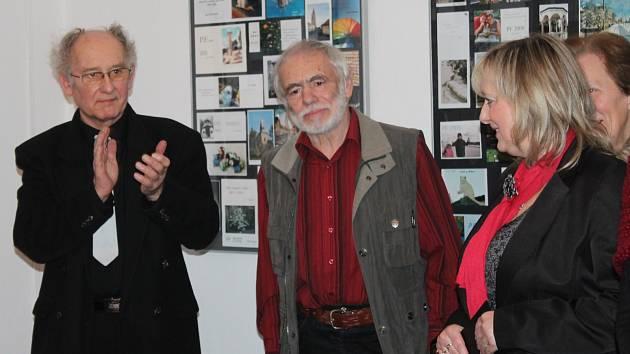 Výstava novoročenek Jiřího Měchury v jesenickém muzeu