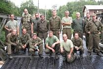 Rakovničtí vojáci pomáhají při povodních