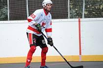 Rakovničtí hokejbalisté v domácí premiéře porazili Ústí nad Labem až po samostatných nájezdech.