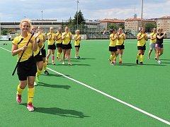 Rakovnické pozemní hokejistky získaly stříbrné medaile, když ve finále podlehly Slavii 0:3.