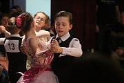 Na hlavním sále Kulturního centra Rakovník se uskutečnil už 39. ročník postupové taneční soutěže s názvem Nezbedný Bakalář 2019 - Memoriál Dr. Václava Černého.