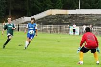 Starší dorostenci SK Rakovník v dorostenecké divizi prohráli s Táborskem B 0:5, mladší dorostenci se stejným soupeřem po penaltách.