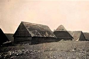 Dřevěné domky Na Letné byly postaveny krátce po 1. světové válce.