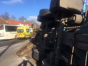 Nehoda kamionu v Krušovicích