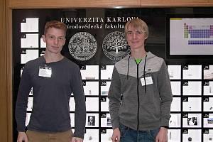 Pátého ročníku prestižního semináře pro středoškolské pedagogy a žáky snázvem Cesta do hlubin studia chemie se zúčastnili i dva studenti rakovnického gymnázia Jiří Zelenka a Marcel Opelka s učitelem Kamilem Březinou.