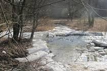 Jarní tání sněhu na Křivoklátsku