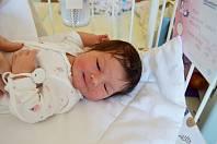 EMILLY EXNEROVÁ, ŘEVNIČOV. Narodila se 2. dubna 2019. Po porodu vážila 3,8 kg a měřila 50 cm. Rodiče jsou Nikola a Tomáš.