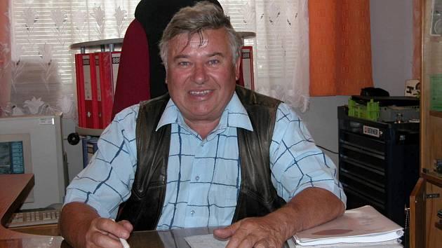 Ivo Šarlingr ve své kanceláři