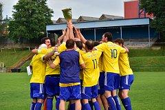 Fotbalisté Kněževsi získali potřetí za sebou pohárovou trofej.