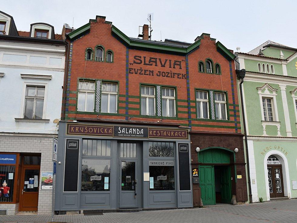 Restaurace Šalanda po devíti letech provozu na Husově náměstí v Rakovníku končí.