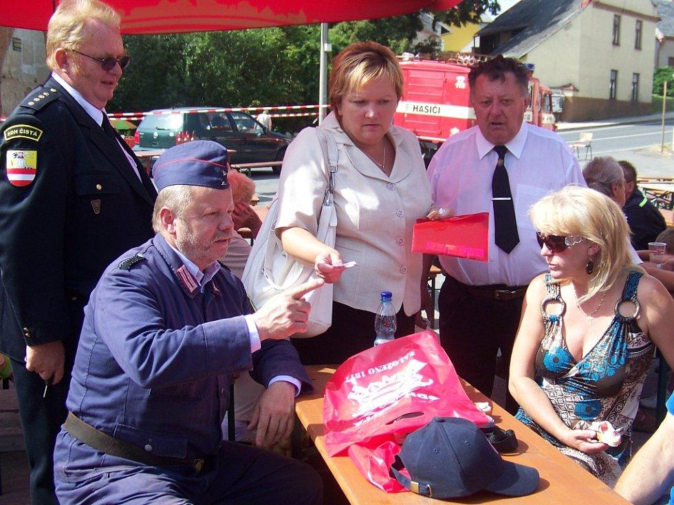 Oslava sto třiceti pěti let založení hasičského sboru v Čisté