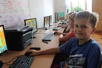 Opravená škola v Lišanech