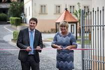 Královský pivovar Krušovice otevřel v tomto týdnu veřejnosti pivovarské nádvoří a zcela nové muzeum. Oblíbený turistický cíl v rakovnickém okrese, který jen v loňském roce navštívilo více než 35 000 turistů.