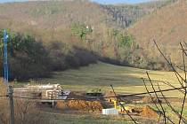 Chata rostla nedaleko Berounky