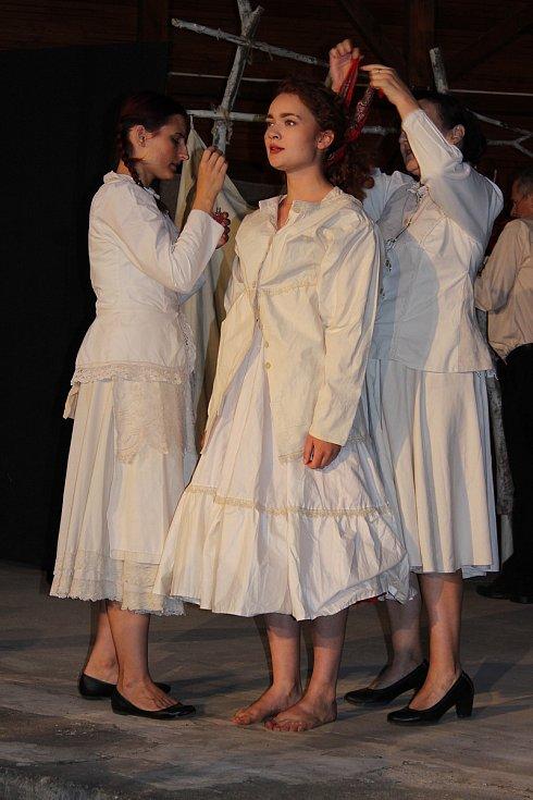 První představení letošního roku mělo u diváků úspěch.