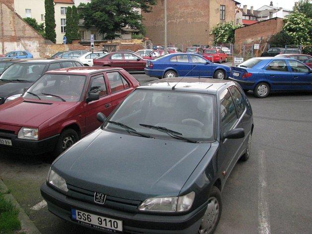 Parkování ve městě je vždy žhavou záležitostí.