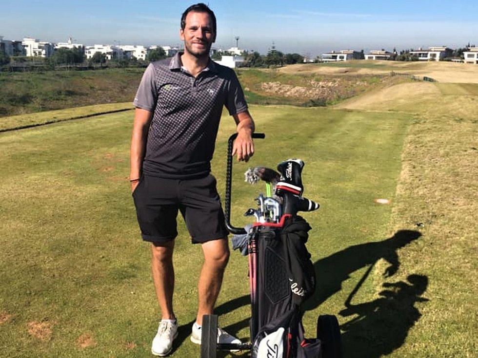 Profesionální golfista Jan Cafourek na své úvodní štaci v Maroku v rámci Pro Golf Tour.