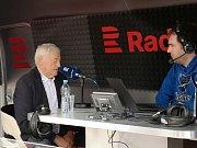 Někdejší kapitán československé reprezentace a později úspěšný trenér Jozef Golonka při rozhovoru v pořadu Host Radiožurnálu Sport.
