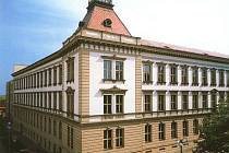 Nová podoba Gymnázia J. A. Komenského v Novém Strašecí