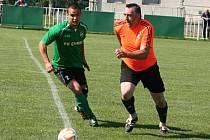 V Mutějovicích se v rámci oslav 680 let obce konalo přátelské utkání mezi dosavadními a bývalými hráči, které bylo zároveň rozlučkou Chmelařů s fotbalem, neboť od příští sezony už v žádné ze soutěží nastupovat nebudou.