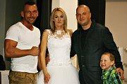 Galavečer bojových sportů v Domě osvěty přinesl i svatbu v ringu.