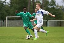 Z divizního fotbalového utkání Tatran Rakovník - Kladno (1:2)
