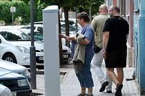 Ve Vysoké a Poštovní ulici v Rakovníku se od srpna platí nově za stání