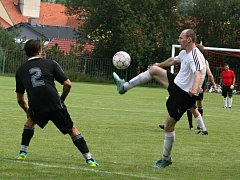 Vítěz okresního přeboru - Lužná, prohrál první přípravný duel na nováčkovskou sezonu v I. B třídě s Nebušicemi 2:6.