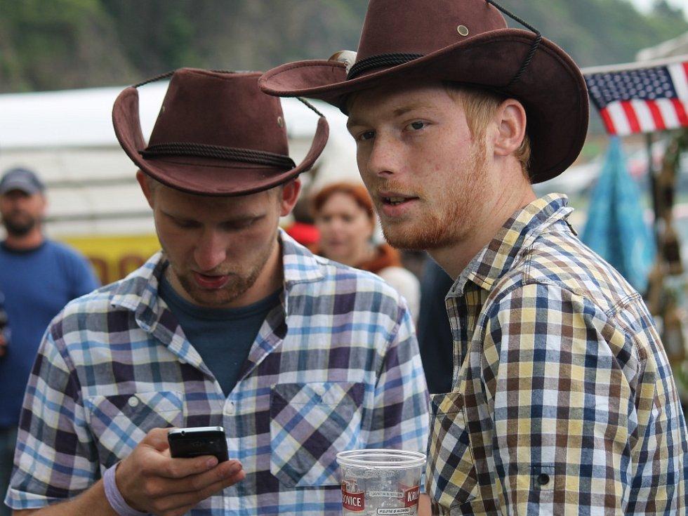 Country a bluegrass nad Berounkou
