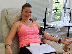 V Masarykově nemocnici v Rakovníku darovala krev téměř stovka dárců.