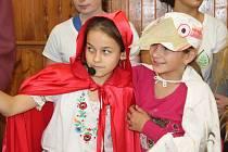 Otevření opravené základní školy v Jesenici
