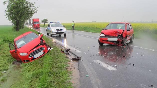 Nehoda na karlovarce u odbočky na Kněževes