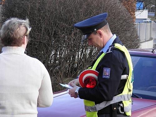 Plukovník René Peták během silniční kontroly